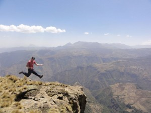 Travelling for fun, Ethiopia:Playing air guitar in Simien Mountains, Ethiopia