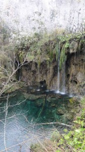 Travelling for Fun, visit Croatia: Plitvice Lakes Park, crystal blue waters