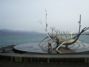 Travelling for fun, Things to do in Iceland and Reykjavik: Me falling on my ass at the Sun Voyager Viking Ship in Reykjavik