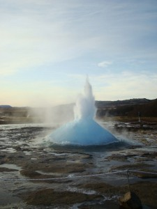 Travelling for fun, Golden Circle, Things to do in Iceland and Reykjavik: Step 2 in Strokkur geyser lifting off