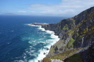What to do in Valentia Island Ireland - Geokaun Cliffs